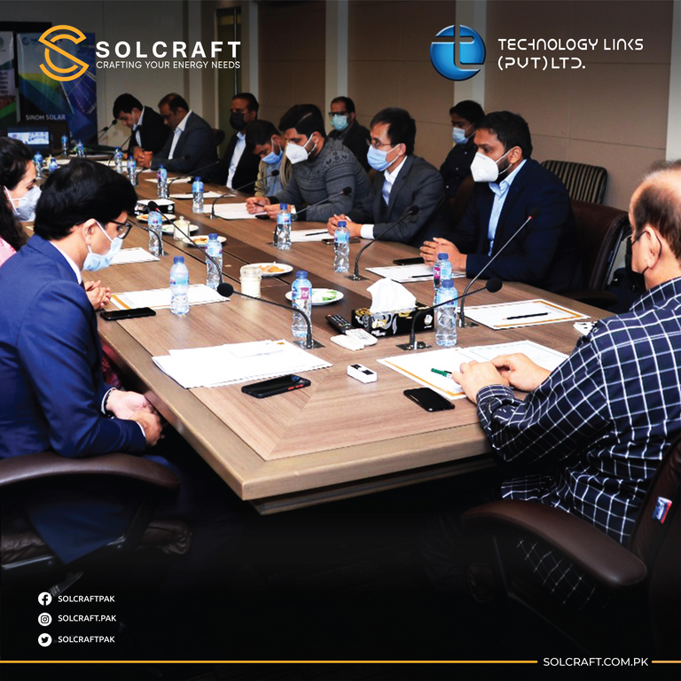 Solcraft Awarded Solarization Contract By The World Bank rsz contract sign world bank for sindh solar energy project 04 min